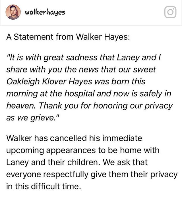 Sad news this morning 💔  Our thoughts and prayers are with @walkerhayes and his family at this time.