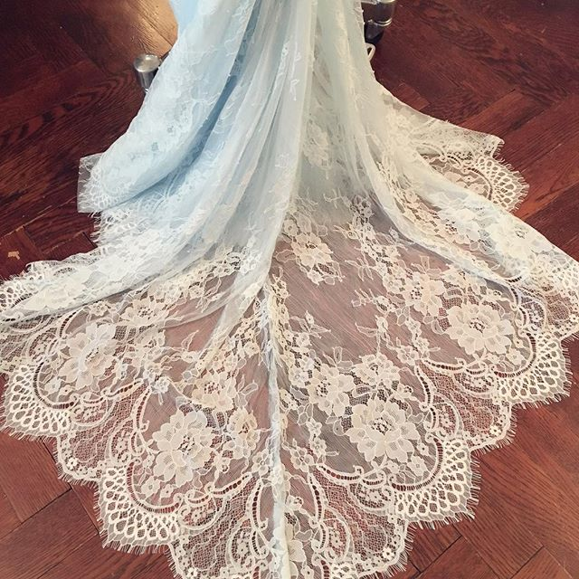 Lovely lace train! Here's a blue dress with white lace! 🦋#uniqueweddingdress #oneofakind #originaldesignweddingdress #blueweddingdress #weddingdressideas #weddingdress #weddinginspiration