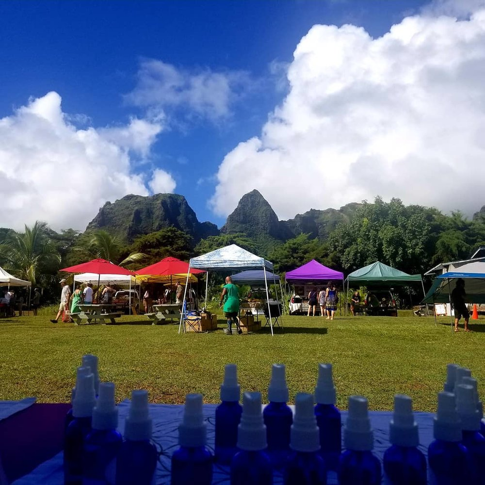 anahola market.jpg