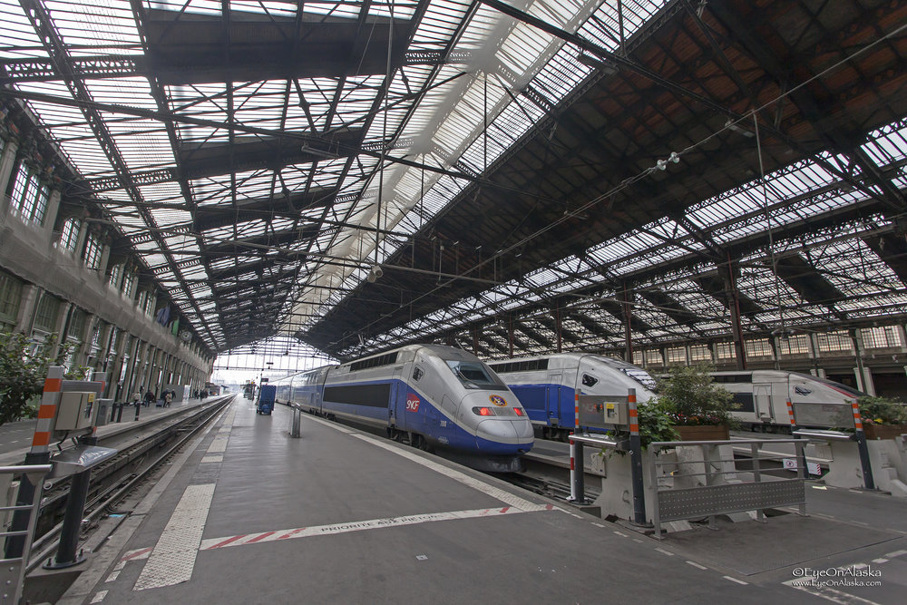 TGV high speed train from Paris to Vesoul on Friday.  Tomorrow, on Saturday morning we to to Scey-sur-Saone to pick up the boath..  Here we go.