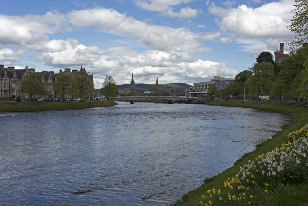 We've arrived in Inverness on a gorgeous afternoon for a walk around the city.