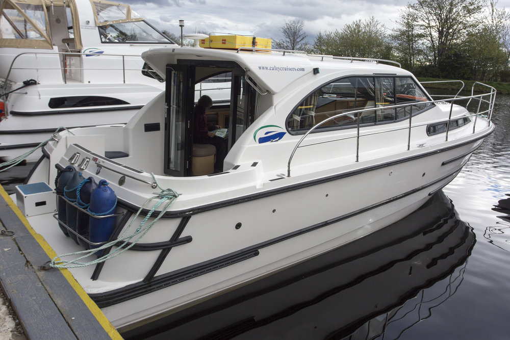 Our home for the next 7 nights, the Eriskay II, from Caley Cruisers in Inverness.  Perfect size for 2, and as we'll find out , she's really comfortable and easy to maneuver.