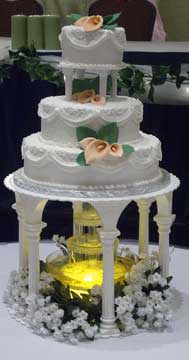 Traditional column cake with fountain.