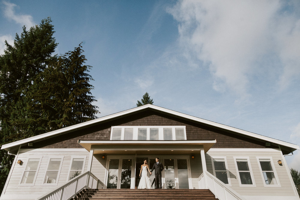 dan-hannah-wedding-first-look-4760.jpg