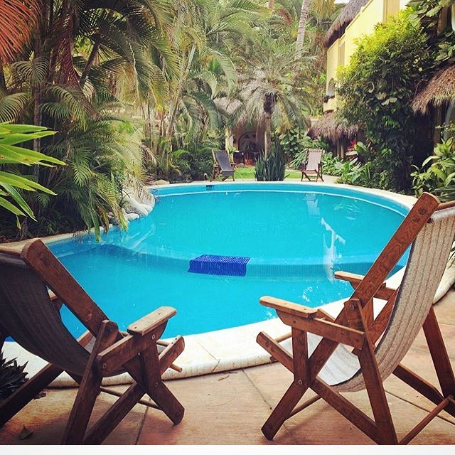 Where summer is everyday 🌝🌴🕶#Goodmorning  #hotel #villasayulita #goodplan #goodmorning #poolside #pooltime #relaxing #time #vacation #sayulita #mexico #yoga #tacos #surf #tequila #fun #family #friends #takeabreak