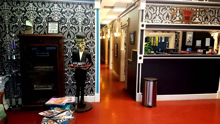 lobby 10.jpg