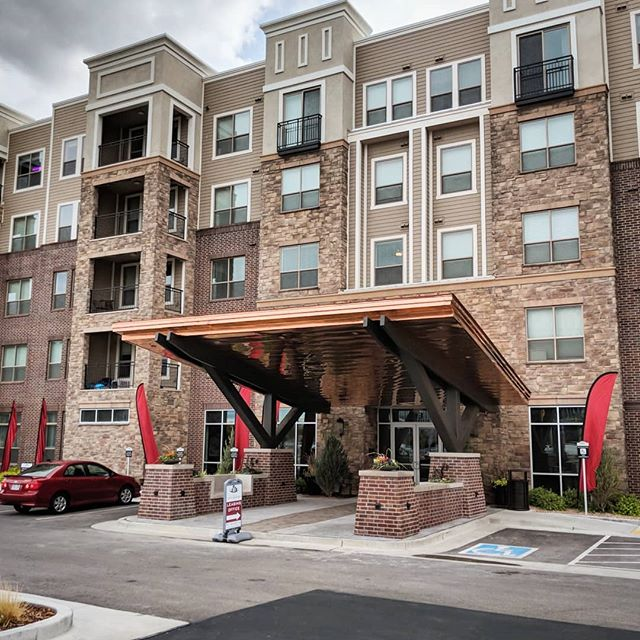 The new entrance canopy is complete for the Park at City Center Apartments in Sandy, UT.  The new owners of the property asked us to help them create a stronger entrance to the building, as more development has filled in around it, including the new Hale Centre Theater, which has a scale model in their foyer of the neighboring apartment building, including it's new canopy! . . . . . #utaharchitects #sandyutah #retrofit #utahconstruction #multifamily