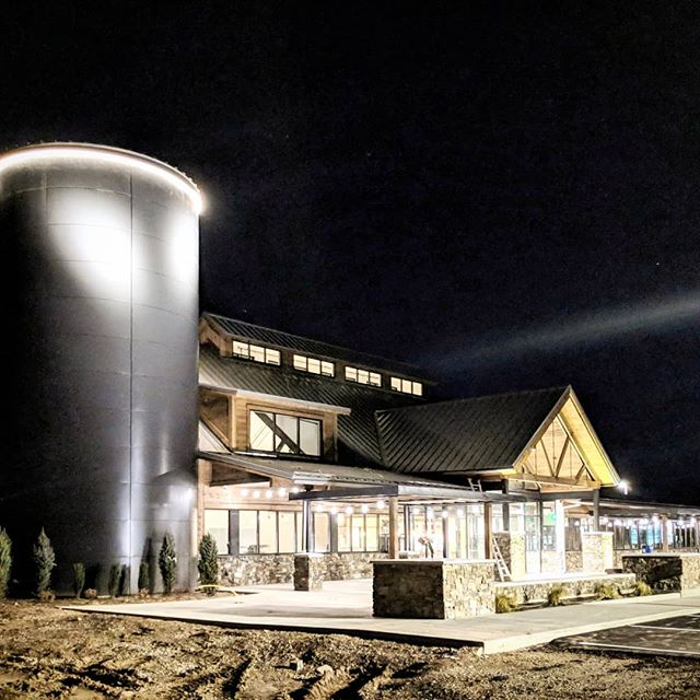 More progress photos of the @thecreameryutah all lit up at night.  Getting very close to completion and opening up to the public.  We can't wait! . . . . . #utahconstruction #utaharchitects #utah #beaverutah #squeakycheese #dairyfarmersofamerica #sitevisit #fullmoon #architecture #constructionprogress #dairyfarmer #dairy #creamery