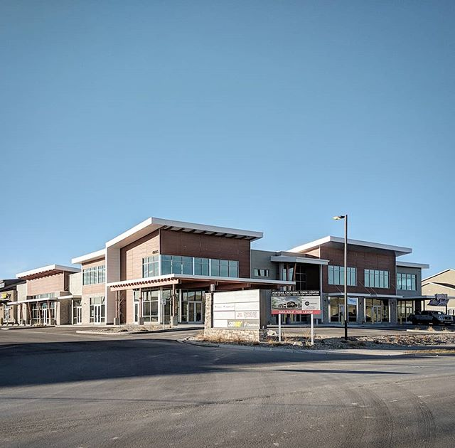 Tenants are starting to fill in at the Porter's Crossing retail & office building in Eagle Mountain. . . . . . #utahrealestate #utaharchitecture #eaglemountainutah #retailarchitecture #utahmodern #newconstruction