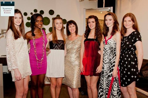 2012 Finalists including Lydia Touchtone and Caleigh Darragh with Connie Cathcart-Richardson of Nashville Fashion Week and Ginny Edwards Maxwell, Director of Scouting at AMAX.