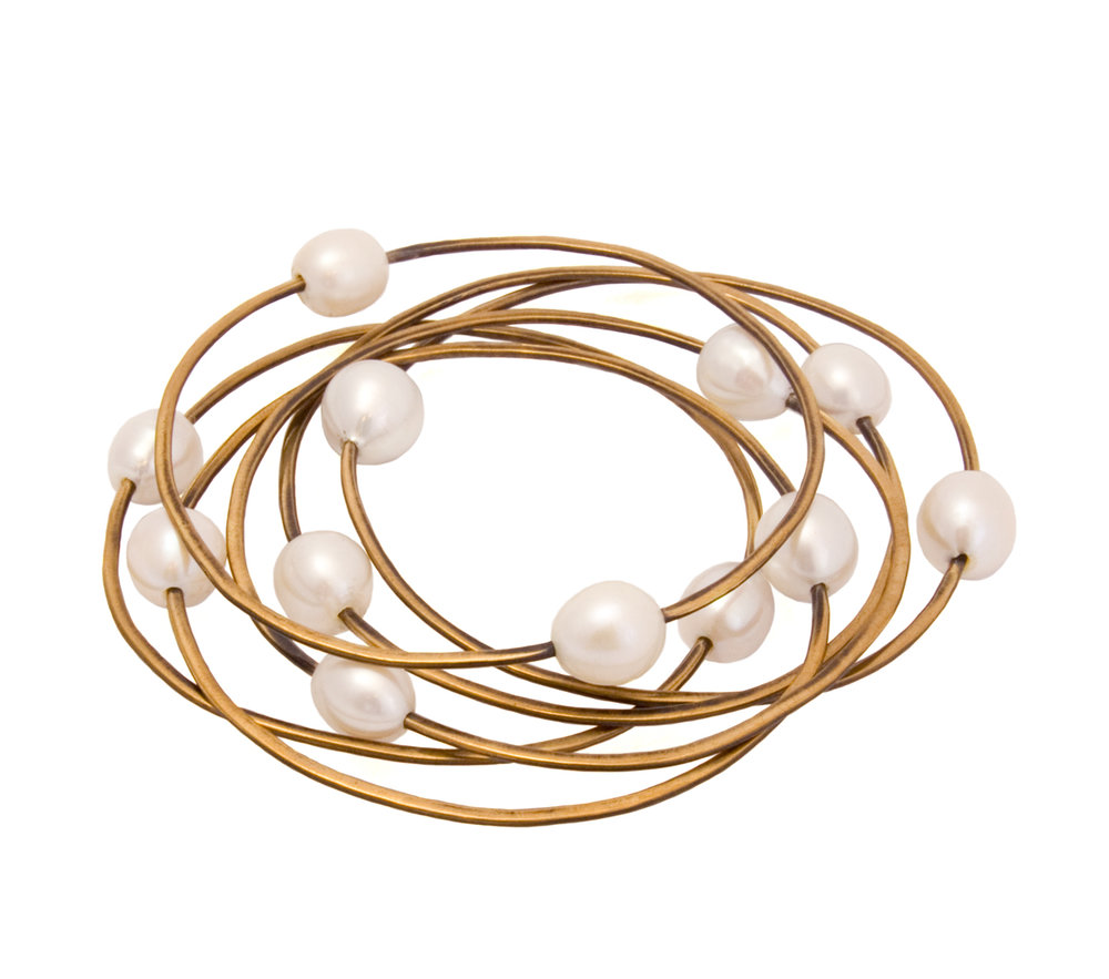 Set of 6 with 2 Pearl Bangles