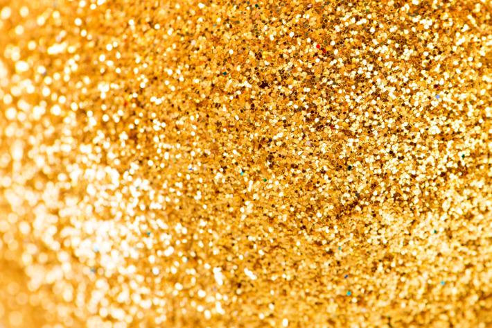 16-glitter.w710.h473.jpg