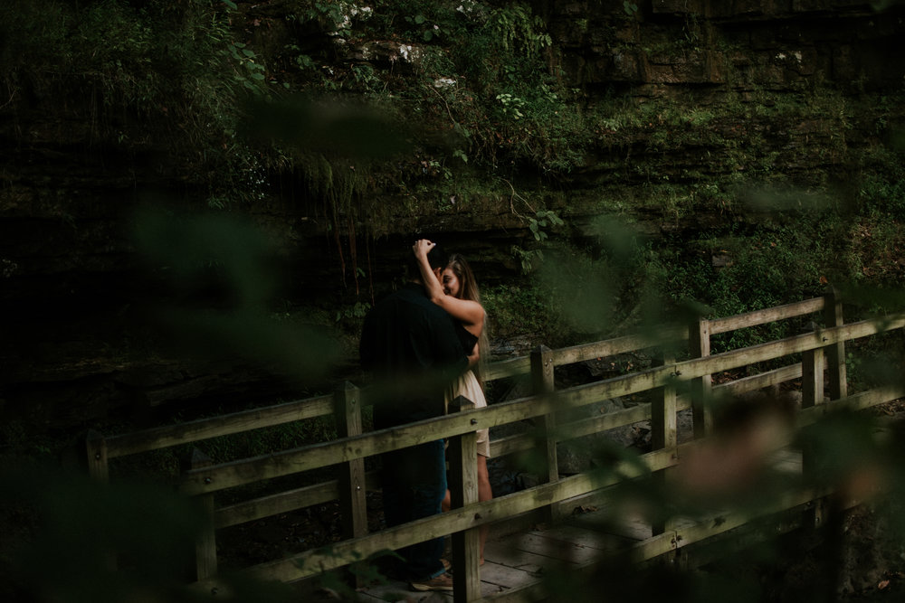 devils-den-state-park-engagement-session-erika-ryan-photography.jpg