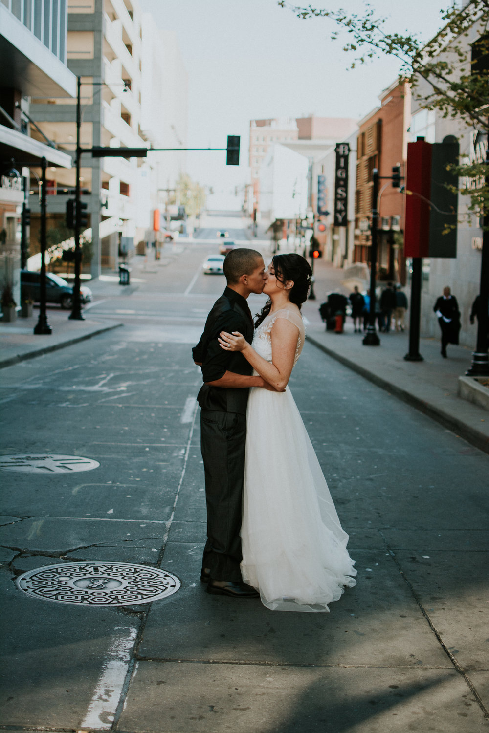 downtown-kansas-city-wedding-photography-erika-ryan