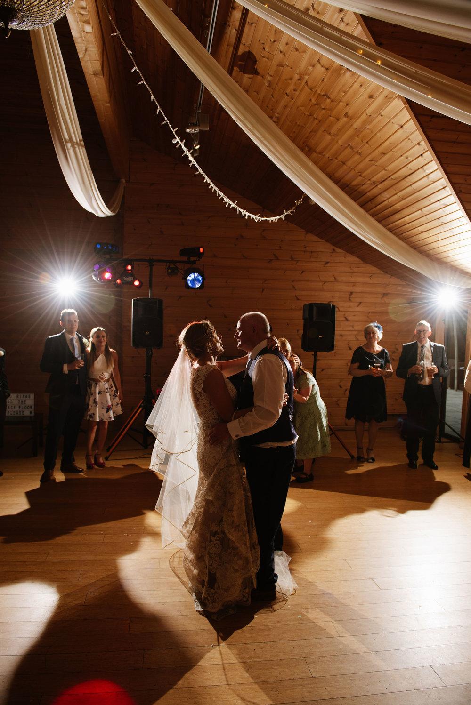 Styal-Lodge-Wedding-Photography (109).jpg