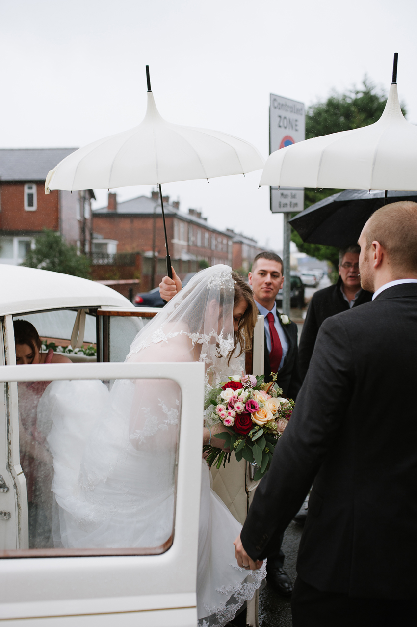 Old-Grammar-School-Middleton-Wedding-Photography (39).jpg