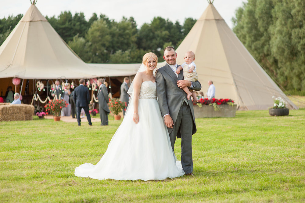 Teepee-wedding-Photography-Lancashire (160).jpg