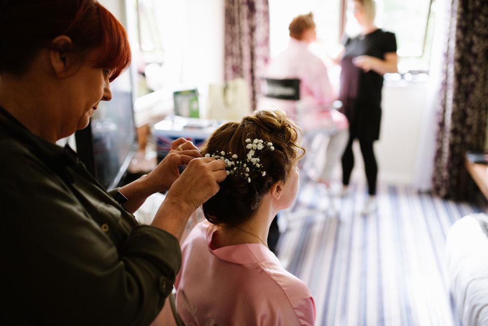 Holiday-Inn-Haydock-Wedding-Photography (16).jpg