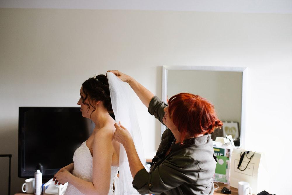 Holiday-Inn-Haydock-Wedding-Photography (32).jpg