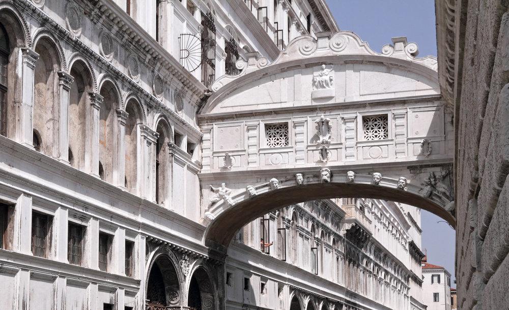 ponte-dei-sospiri-venezia.jpg