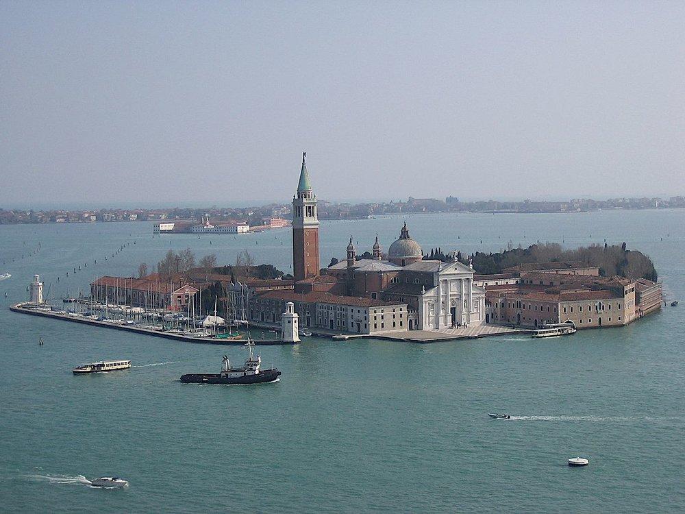 San_Giorgio_Maggiore_-_Venice,_Italy.jpg
