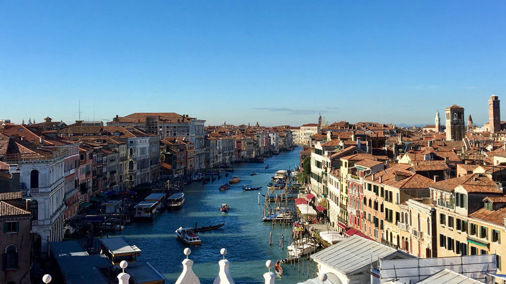 Vista-sul-Canal-grande-Tratto-Riva-del-CarbonRiva-del-Vino.jpg