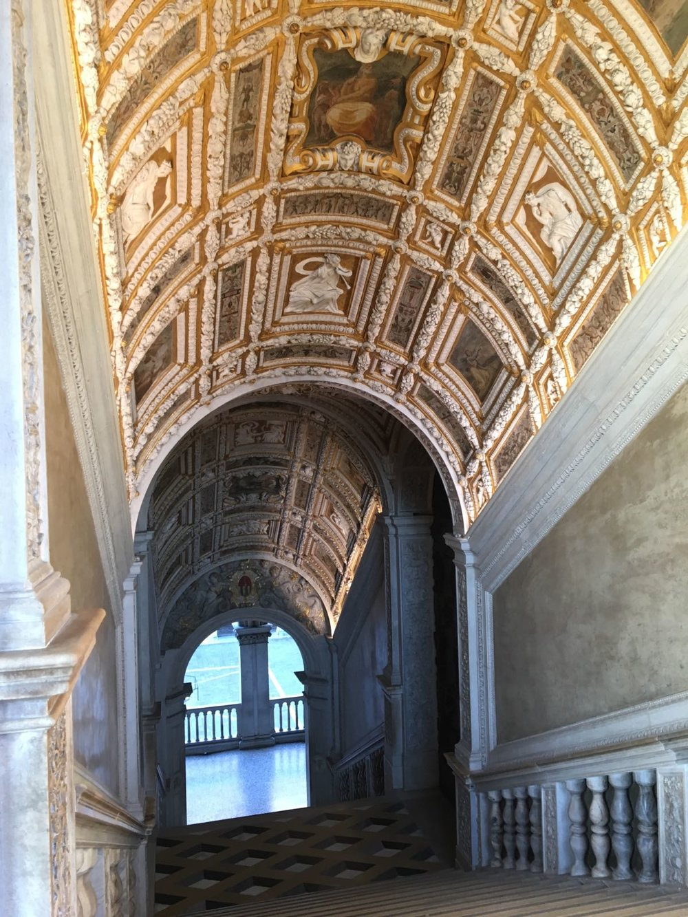 Scala d'Oro.jpg