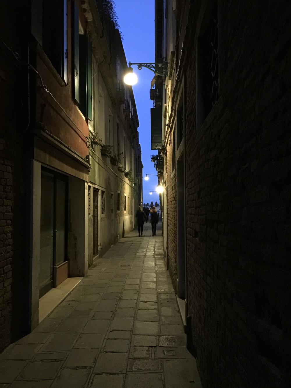 calle di notte