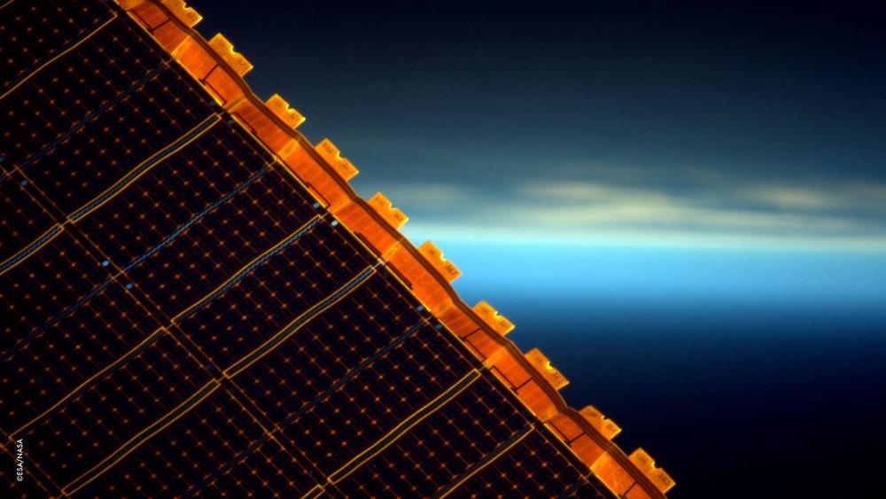 Sono ancora affascinata dall'elegante bellezza dei nostri pannelli solari.