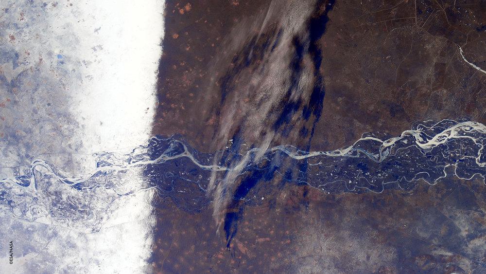 Non sempre, ma occasionalmente la natura è fatta di linee dritte!