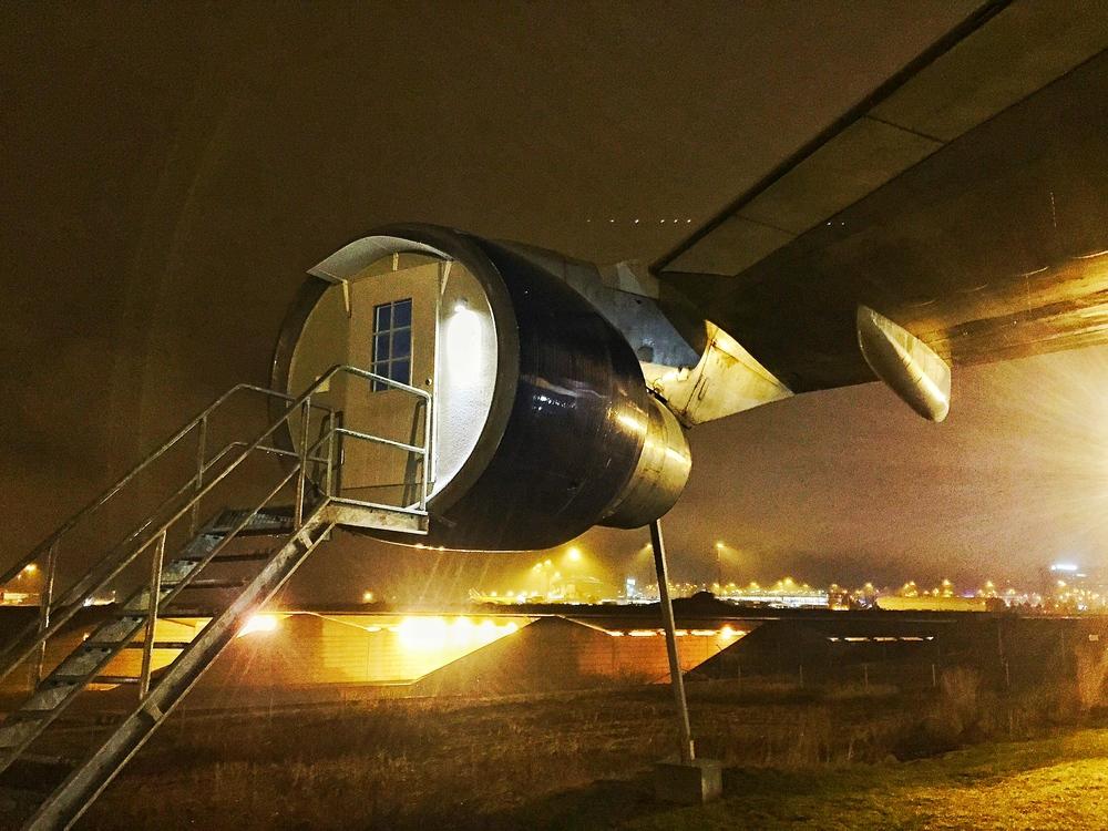 overnachten in vlietuigmotor op Arlanda
