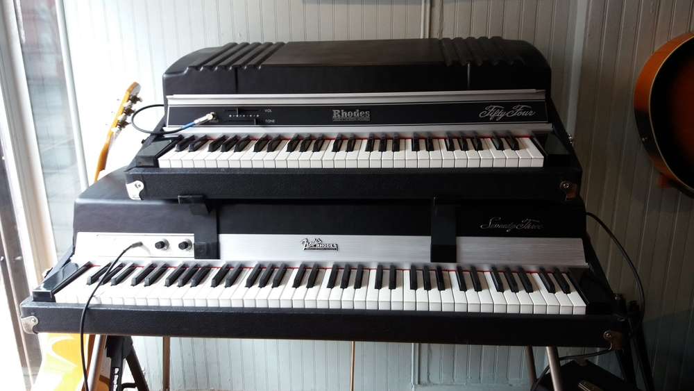 Rhodes Mark II 54 on Rhodes Mark I 73