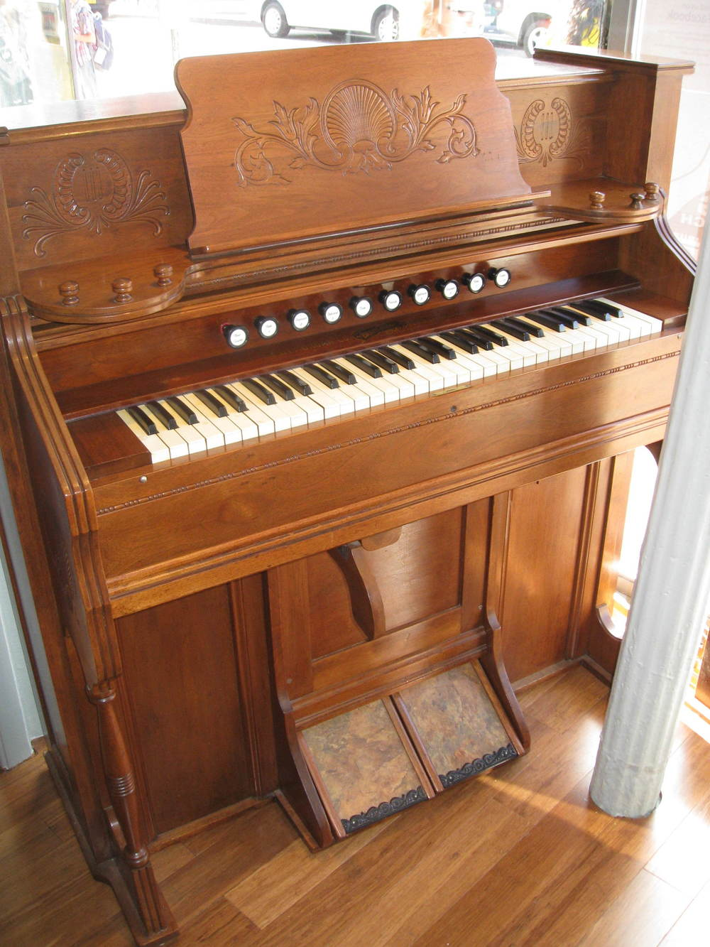 Estey Pump Organ