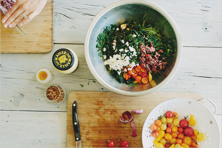 Shredded Kale Salad w/Tomatoes, Olives and Feta