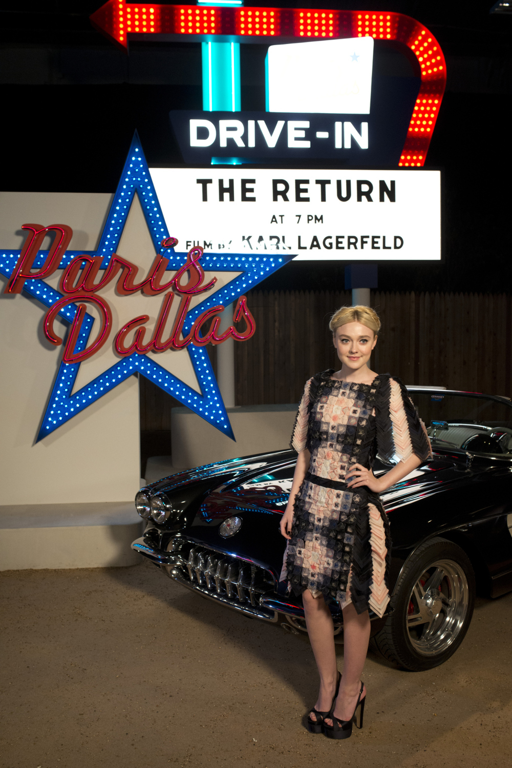 "Dakota Fanning was pretty much perfection at Canel's ""Paris Dallas"" … As was Zoe Kravitz, though … (source)"
