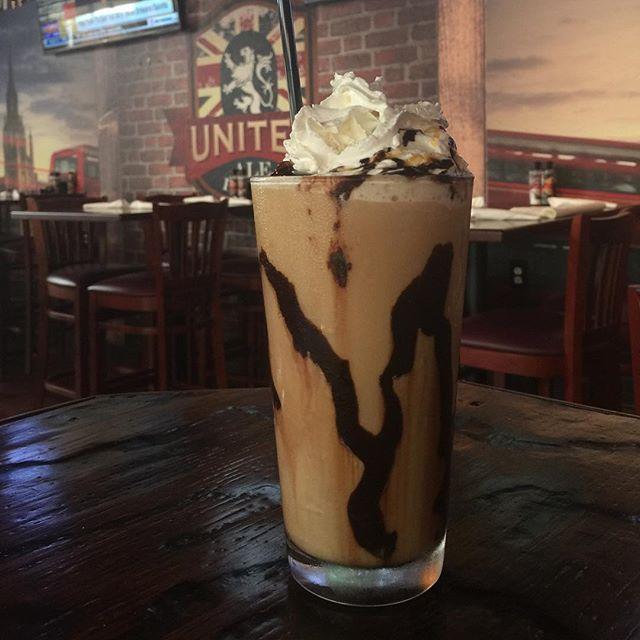 Frappe anyone?? #riverdistrictfortmyers #breakfast #coffee #coffeelover #coffeeart #coffeebreak #downtownfortmyers #unitedalehouse #thingstodofortmyers