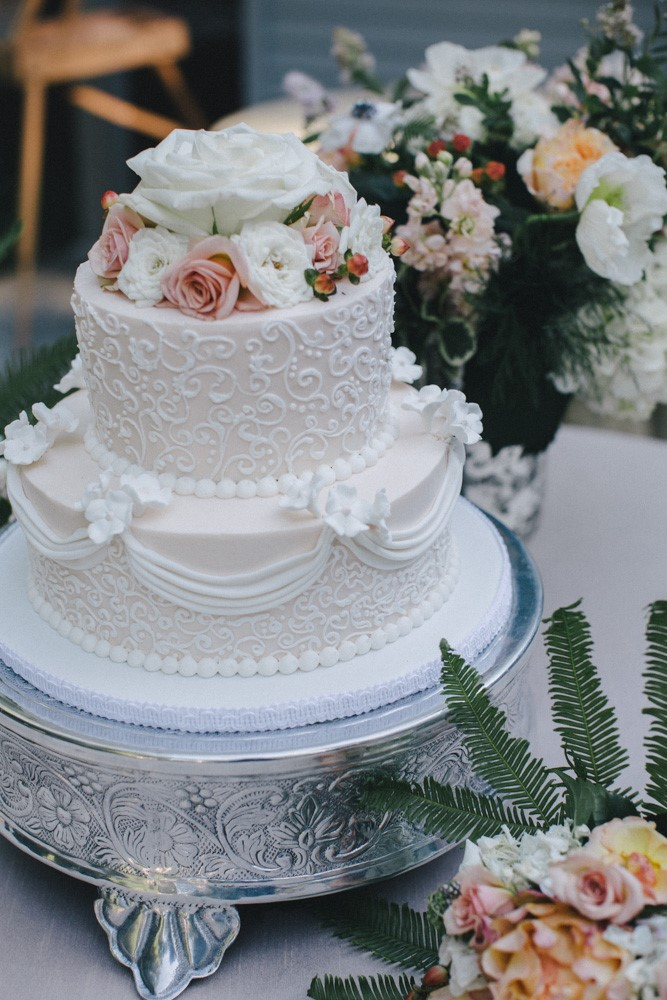 Seattle wedding planner, Ben Blood Photography, New Renaissance Cakes