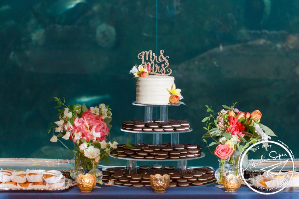 wedding cake, oreo cake