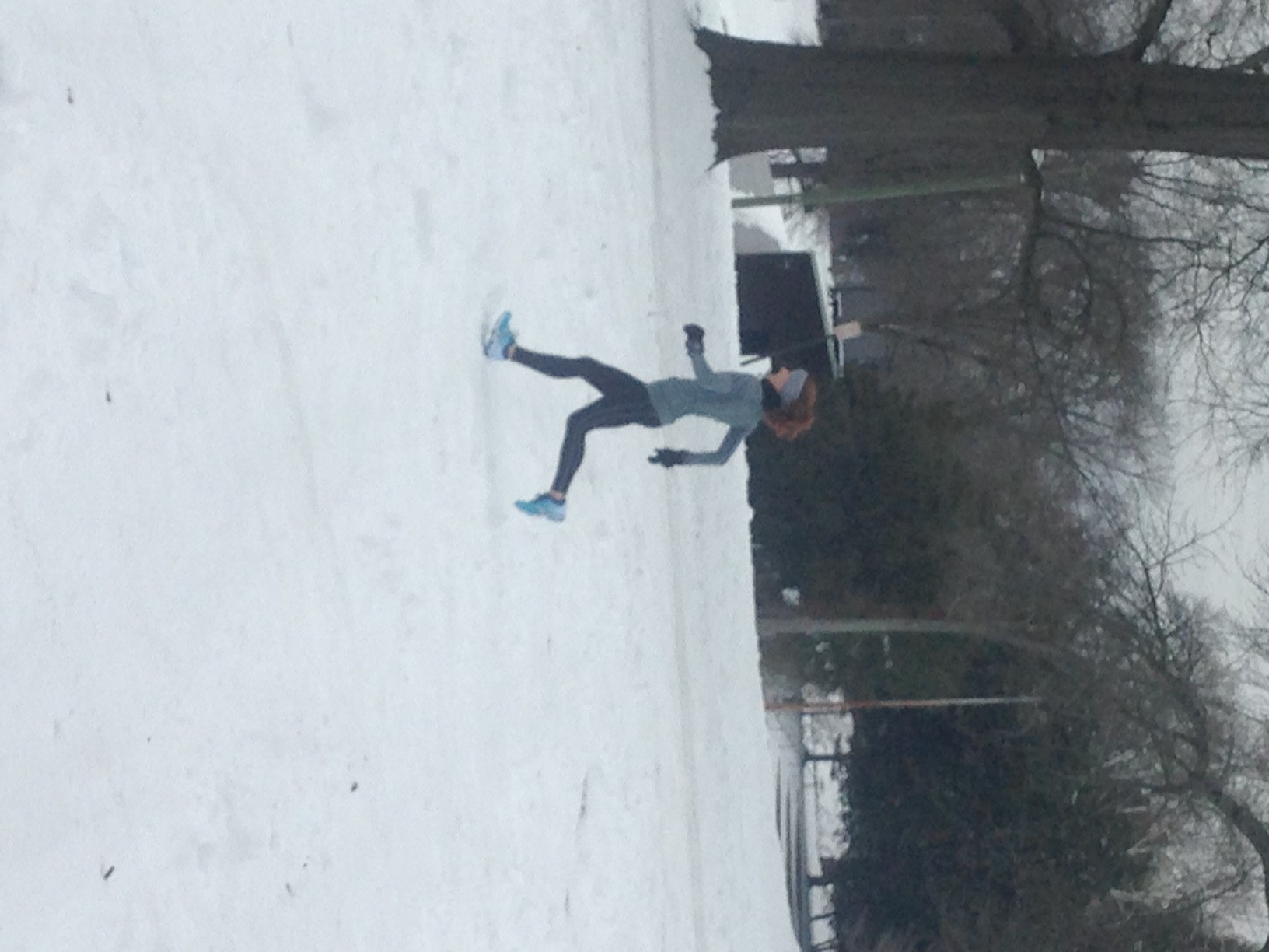 Running in the snow to cap off my 20-miler