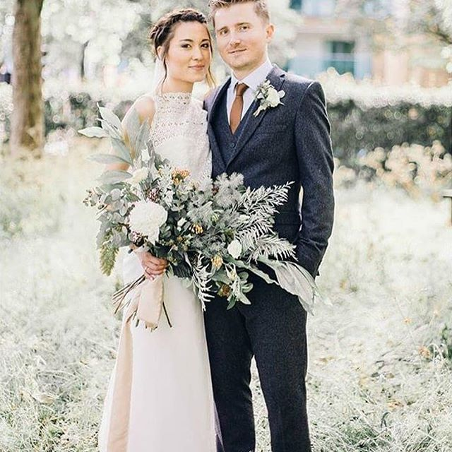 Throwback to this beautiful bride. @deejoywade had a bespoke 3-piece wedding outfit consisting of a layered silk tulle skirt, a fitted silk crepe cropped bodice & a guipure lace top. 📷 @jessreevephotography 💐 @flowersociety 👗 @philippa_long_bridal