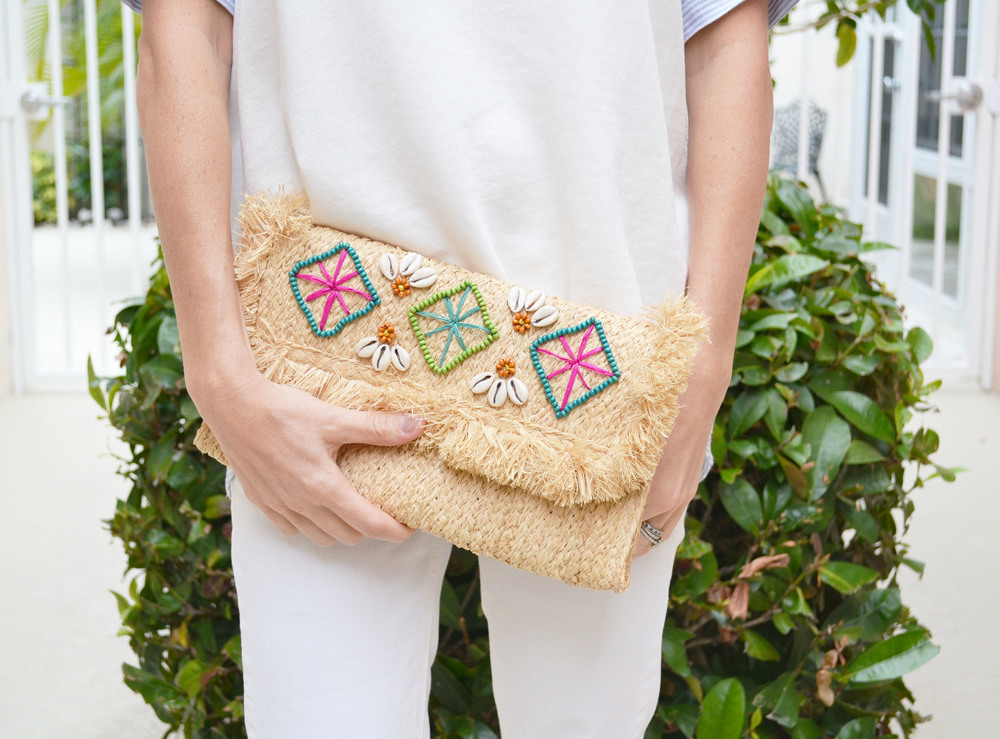 How cute is this clutch??? I wore it all vacation long and it went with everything :)