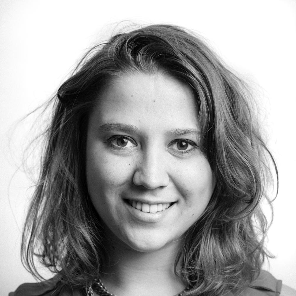 Inès Colinet   ,  adjunct van de algemene directie, verantwoordelijke logistieke diensten