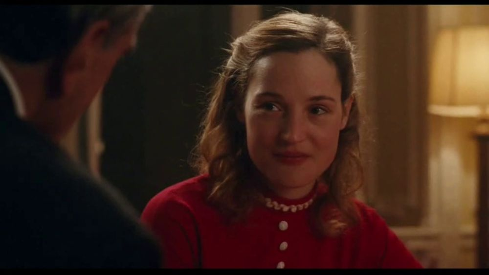 phantom-thread-movie-trailer-large-2.jpg