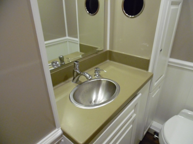 Sink and Trashcan