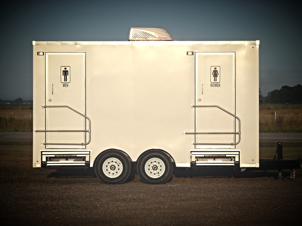 2-Double-Toilet-Suites-Portable-Restroom-Trailers