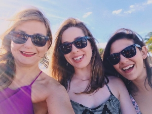 Oh look, my AOT pals Abby and  Alicia were in Cancun too!  Here we are sporting our cute sunglasses!