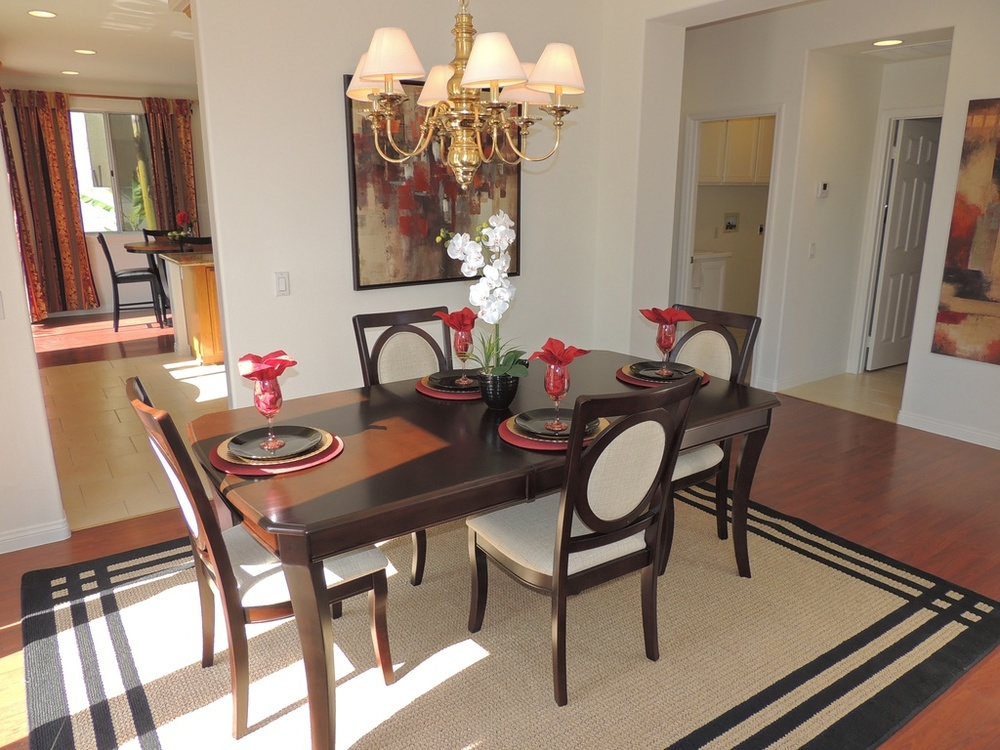 8 - Dining room after.jpg
