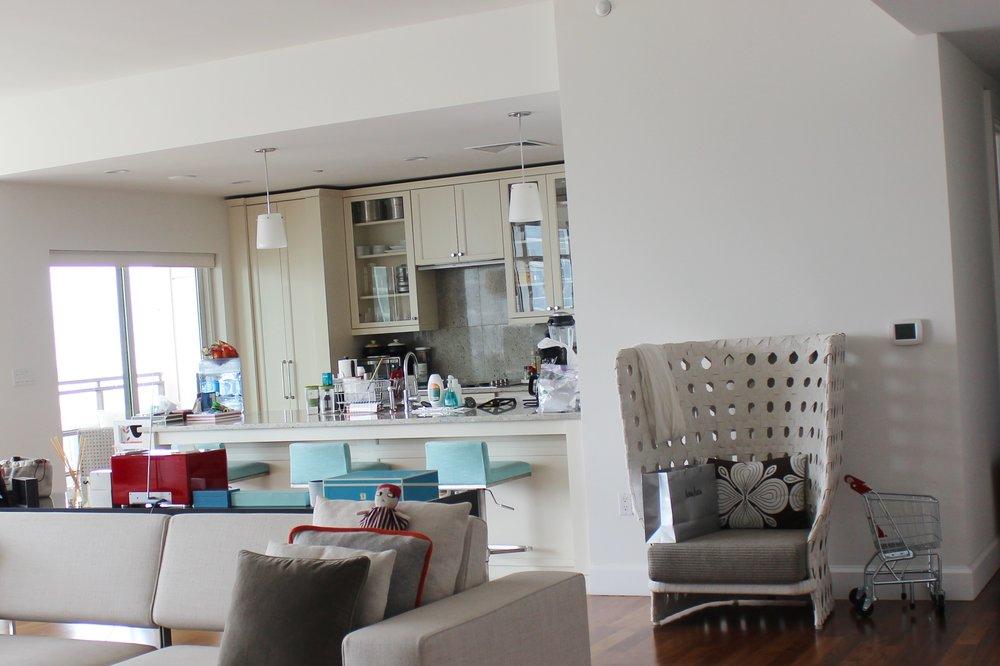 14B Living Room B7A.jpg