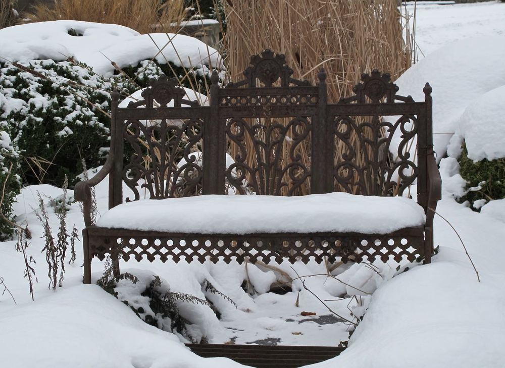 Winter bench.jpg