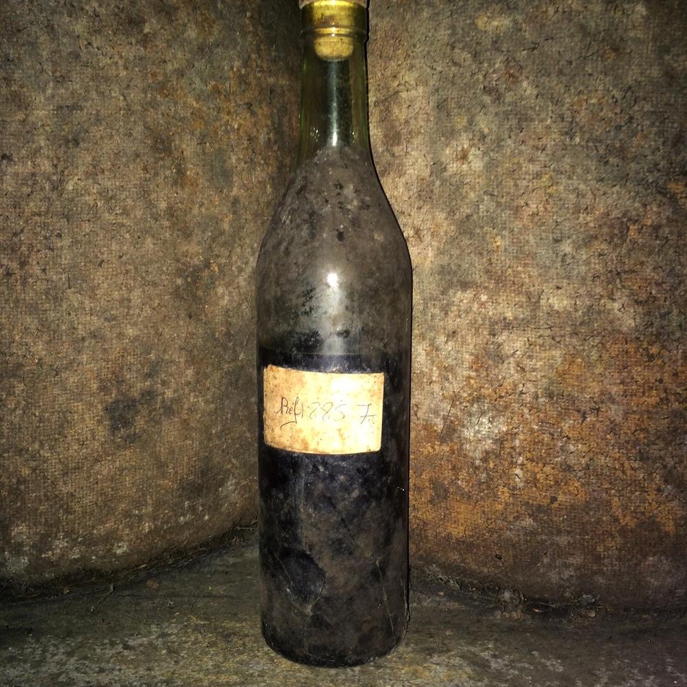 Jeden zo sklenených bonbónov - vek z nenápadného 1885 :O